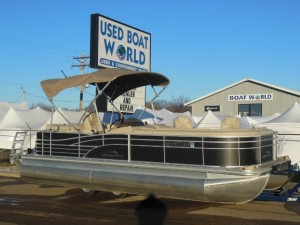 Used bennington 2012 luxury pontoon boat sale